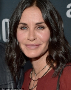 Courteney Cox too much lips, too much cheeks